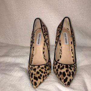 Steve Madden Daisie Leopard Heel